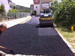 asfaltiranje u Poljicima